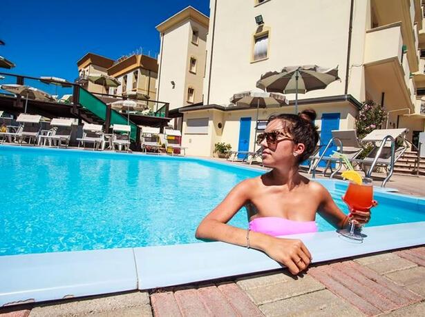 hotelgardencesenatico de fruehbucherangebot-in-cesenatico-italien-im-hotel-vor-dem-meer 004