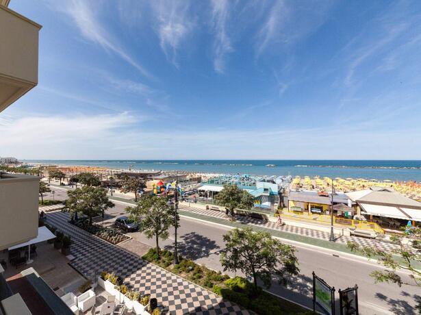 hotelgardencesenatico en august-all-inclusive-hotel-holidays-in-cesenatico-by-the-sea 005