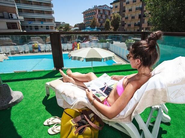 hotelgardencesenatico de angebot-all-inclusive-august-hotel-cesenatico-mit-pool-am-meer 003