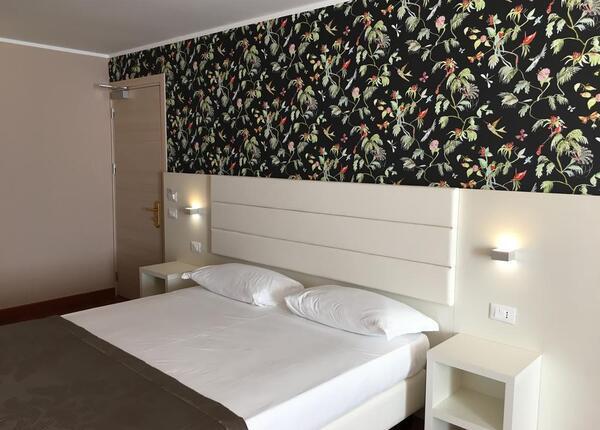 hotelformula it soggiorno-con-escursione-in-barca-sul-delta-del-po-e-cena-gourmet-in-hotel-a-rosolina-rovigo 020