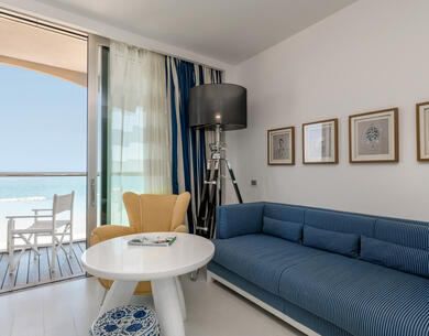 excelsiorpesaro en hotel-with-exclusive-spa-in-pesaro-with-a-bottle-of-prosecco-and-fresh-fruit 018