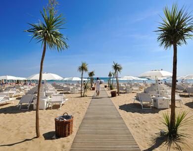 excelsiorpesaro it last-minute-settembre-a-pesaro-con-servizio-spiaggia-e-ingresso-spa 018
