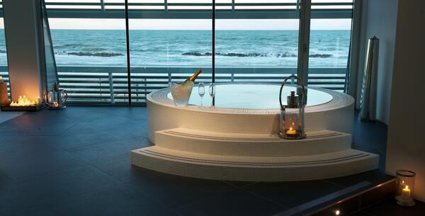 excelsiorpesaro en gift-idea-5-star-hotel-pesaro-sea-view 016