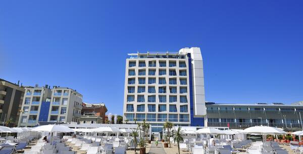 excelsiorpesaro en offer-wellness-and-treatments-at-5-star-hotel-in-pesaro-with-spa-and-beach 015