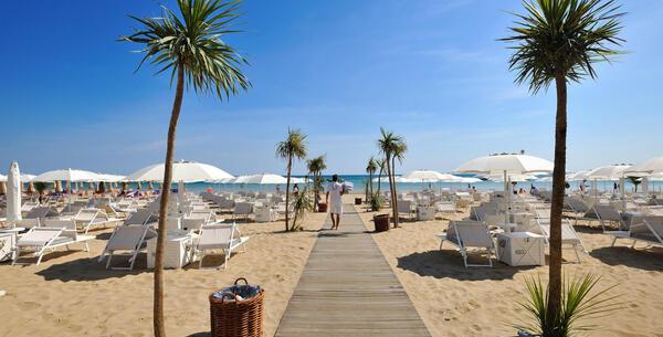 excelsiorpesaro it offerta-settembre-hotel-5-stelle-pesaro-e-degustazioni-in-cantina 017