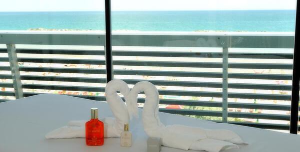 excelsiorpesaro it pacchetto-romantico-a-pesaro-hotel-5-stelle-con-spa-e-cena-per-due 016