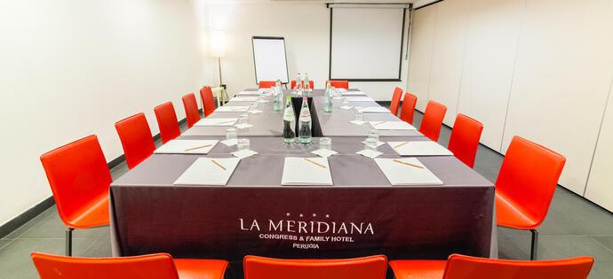 lameridianaperugia it offerta-per-sale-meeting-aziendali-in-hotel-4-stelle-a-perugia 018