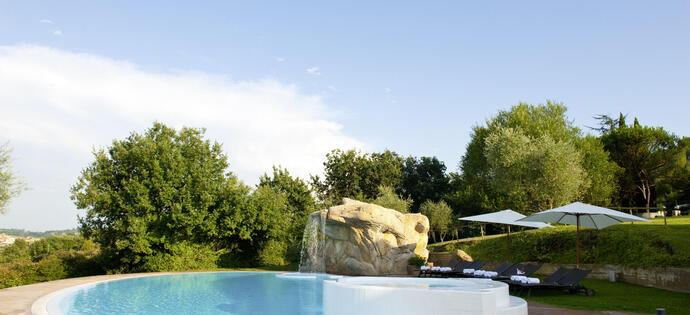 lameridianaperugia it offerta-hotel-perugia-con-piscina-e-ristorante 020