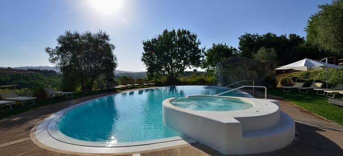 lameridianaperugia it offerta-infrasettimanale-hotel-perugia-con-piscina 018