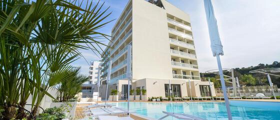 hotelnautiluspesaro it al-nautilus-family-hotel-vanno-in-onda-magia-ed-emozione 013