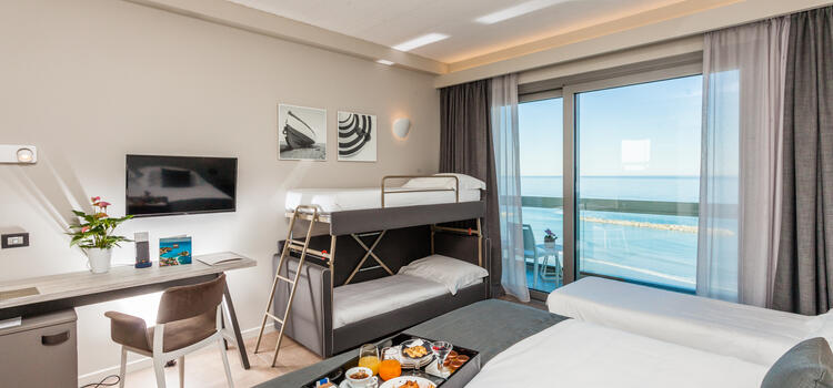 hotelnautiluspesaro it offerta-family-hotel-4-stelle-pesaro-con-spiaggia-inclusa-e-bimbo-gratis 013