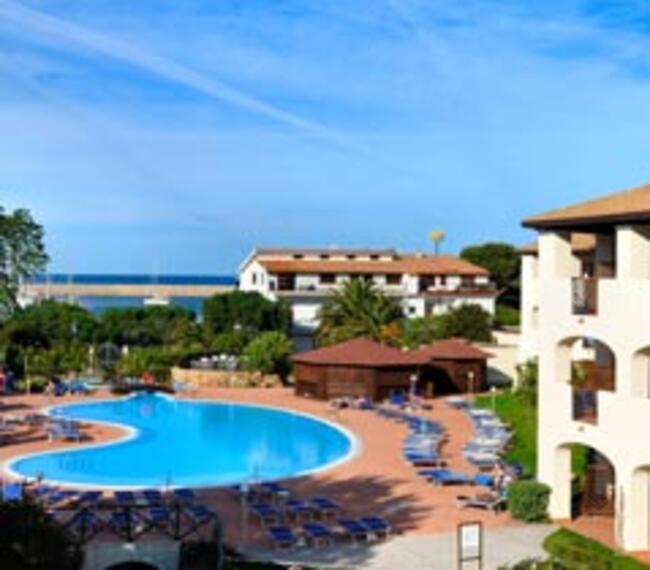 hotelcaladellatorre en midweek-getaway-in-sardinia 007