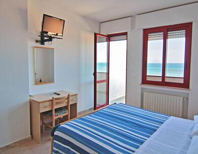 hotelpalmarosa it offerta-di-settembre-in-hotel-sul-mare-di-roseto-degli-abruzzi 015