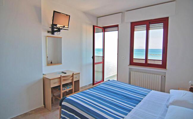 hotelpalmarosa it offerta-di-settembre-in-hotel-sul-mare-di-roseto-degli-abruzzi 010