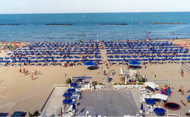 hotelpalmarosa it hotel-a-giugno-a-roseto-degli-abruzzi-fronte-mare 009