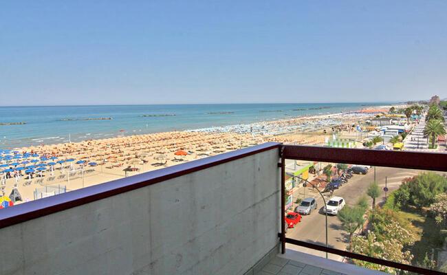 hotelpalmarosa it offerta-di-settembre-in-hotel-sul-mare-di-roseto-degli-abruzzi 011