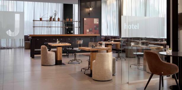 jhotel en halloween-weekend-in-turin-in-hotel-near-venaria-reale 013