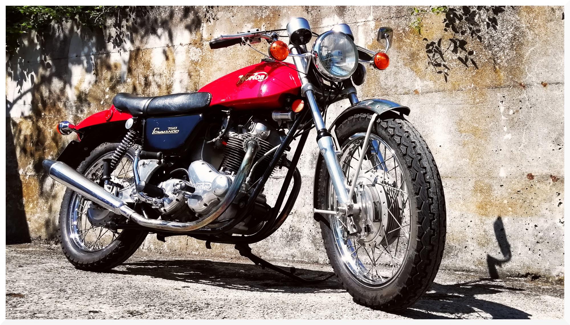 ride70s it 1971-norton-commando-750-fastback 001