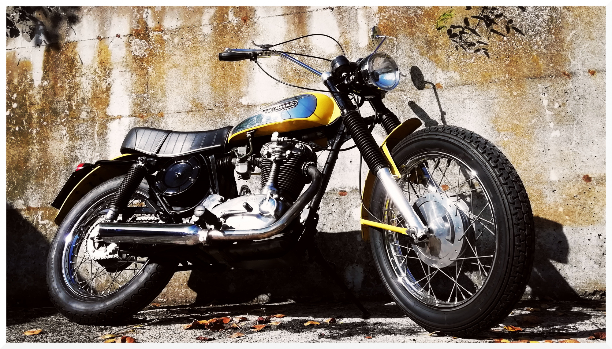 ride70s en 1972-ducati-scrambler-450 001