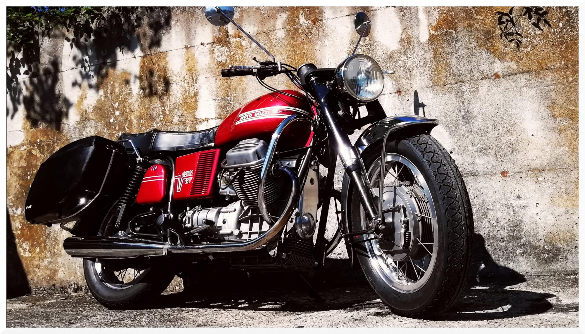 ride70s en 1973-moto-guzzi-v7-850-gt 001