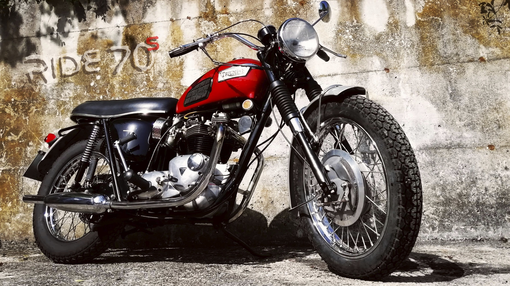 ride70s en 1969-triumph-bonneville-t120r 002