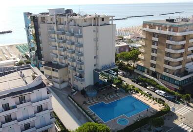 palacelidohotel it offerta-fine-agosto-low-cost-in-family-hotel-con-piscina-a-lido-di-savio 039