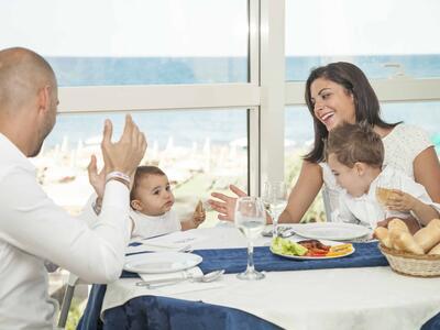 palacelidohotel fr offre-juin-family-hotel-lido-di-savio-enfants-gratuits 016