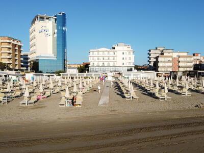 palacelidohotel fr offre-aout-family-hotel-a-la-mer-lido-di-savio-enfants-gratuits 014