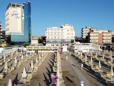 palacelidohotel it camera-low-cost-per-soggiorno-breve-di-agosto-a-lido-di-savio 013