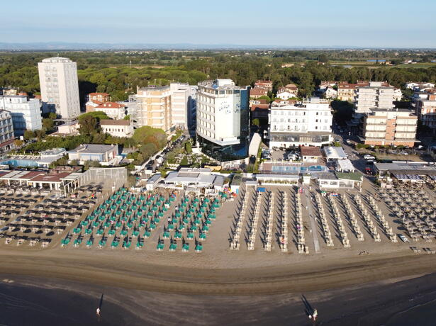palacelidohotel en june-offer-lido-di-savio-family-hotel-children-free-stay 010