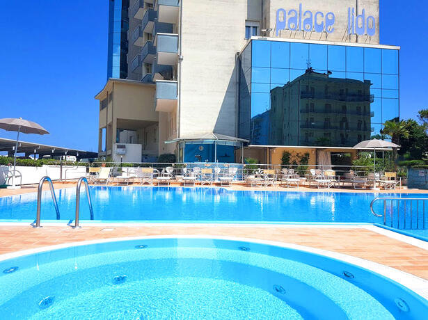 palacelidohotel de angebot-fuer-pfingsten-in-lido-di-savio-in-der-riviera-der-romagna 012