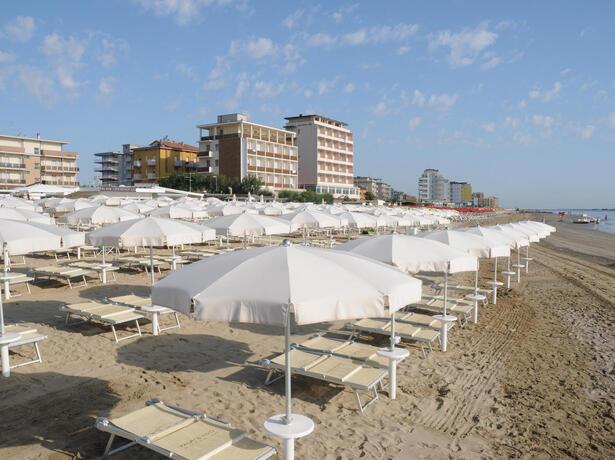 palacelidohotel it sconti-e-prezzi-bloccati-vacanze-lido-di-savio-hotel-sulla-spiaggia 013