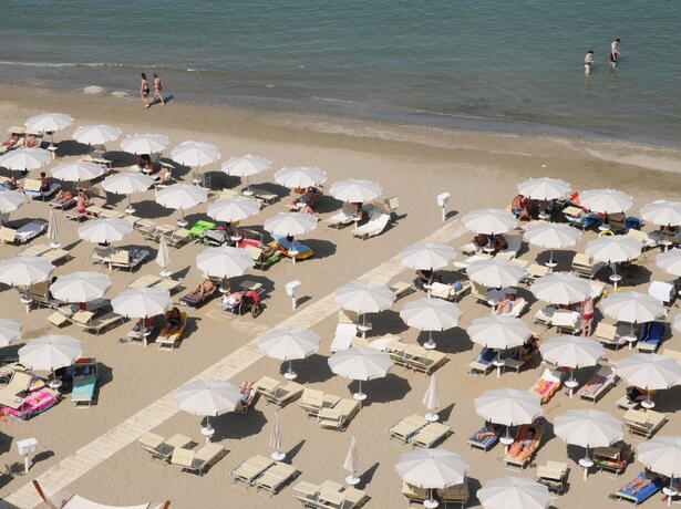 palacelidohotel en offer-pink-night-at-family-hotel-by-the-sea-in-lido-di-savio-with-children-staying-free 012
