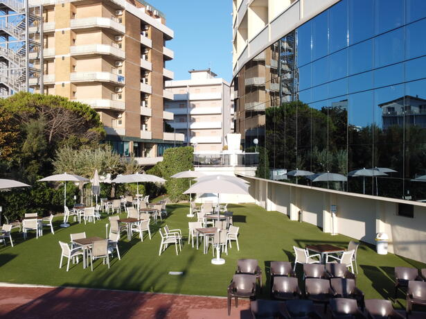 palacelidohotel en offer-summer-holiday-lido-di-savio-family-hotel-with-pool 013