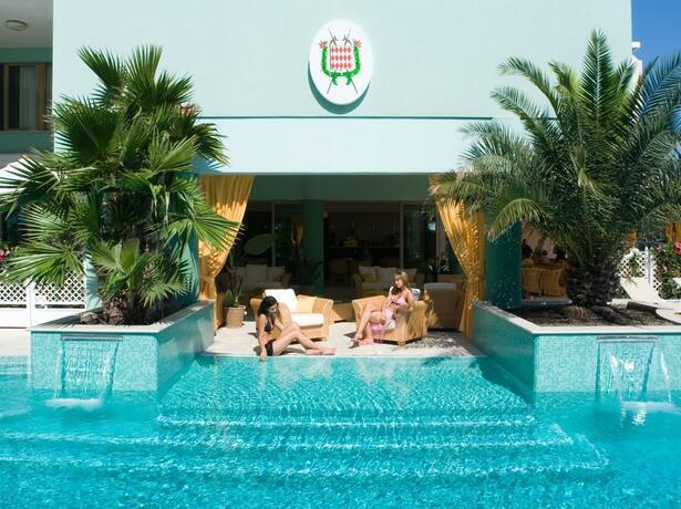 hotel-montecarlo it pacchetto-maggio-in-coppia-a-bibione 014