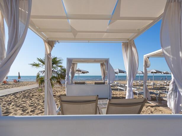 hotel-montecarlo it pacchetto-maggio-in-coppia-a-bibione 017
