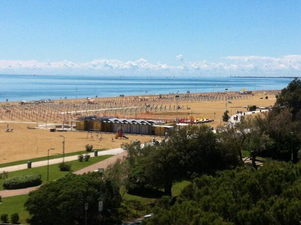 hotel-montecarlo hu special-offer-in-june-for-families-in-bibione 018