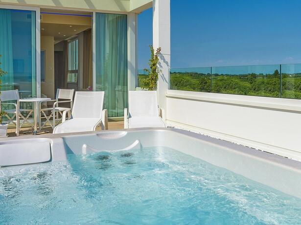 hotel-montecarlo de wohlbefinden-zu-zweit-august-angebot-in-bibione 019