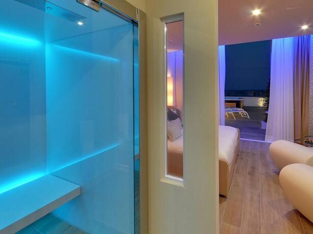 hotel-montecarlo de romantische-woche-im-juli-in-bibione 018
