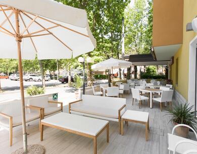 hotelkristalex fr special-giro-d-italia-a-cesenatico-sejour-a-l-hotel-pres-du-passage-des-cyclistes 029
