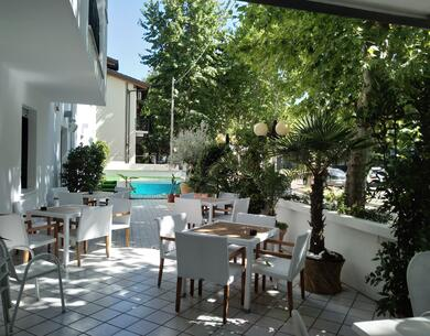 hotelkristalex en a-weekend-in-spring-by-the-sea-in-a-pet-friendly-hotel-in-cesenatico 026