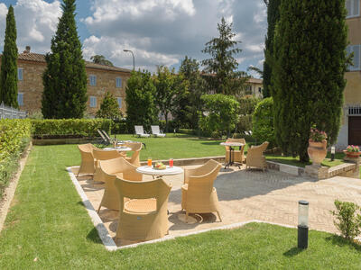 sangregorioresidencehotel en offer-july-hotel-pienza-with-suite-and-free-e-bike 011