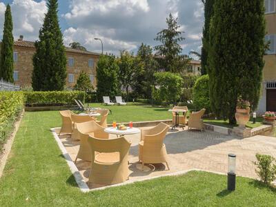 sangregorioresidencehotel it offerta-agosto-hotel-toscana-con-giardino-vicino-a-pienza 014