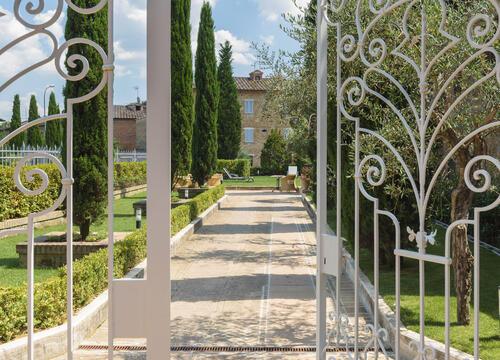sangregorioresidencehotel fr hotel-pienza-pour-trekking-entre-les-vignes-avec-degustation-de-vin-montepulciano 007