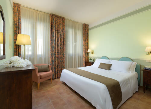 sangregorioresidencehotel en offer-july-hotel-pienza-with-suite-and-free-e-bike 009