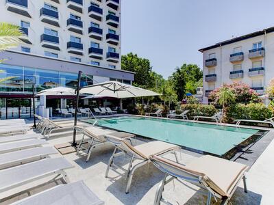 hotelduemari fr juin-all-inclusive-a-rimini-a-l-hotel-pres-de-rimini-terme 010