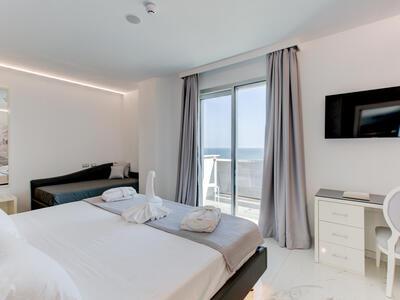 hotelduemari it hotel-per-fiera-cosmoprof-a-bologna-hotel-vicino-alla-fiera-a-rimini 011
