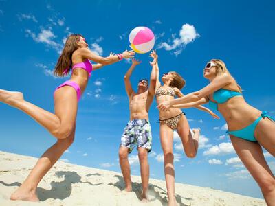 hotelduemari it offerta-fiera-wellness-a-rimini-in-hotel-sul-mare-con-piscina 010