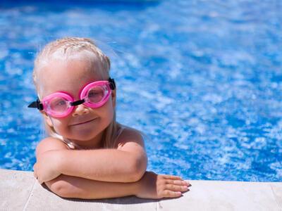 hotelduemari it offerta-week-end-last-minute-hotel-al-mare-con-piscina-a-rimini 011