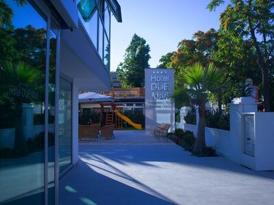 hotelduemari en weekend-offer-on-2nd-june-in-hotel-by-the-sea-in-rimini 012